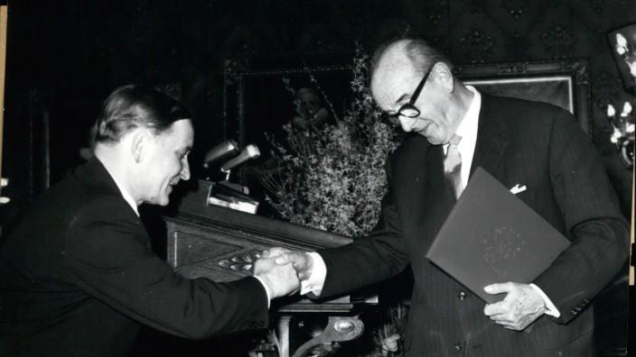 Mar 03 1962 Lessing prize for Dr Werner Haftmann Senator Dr Biermann Ratjes Dr Biermann Rat
