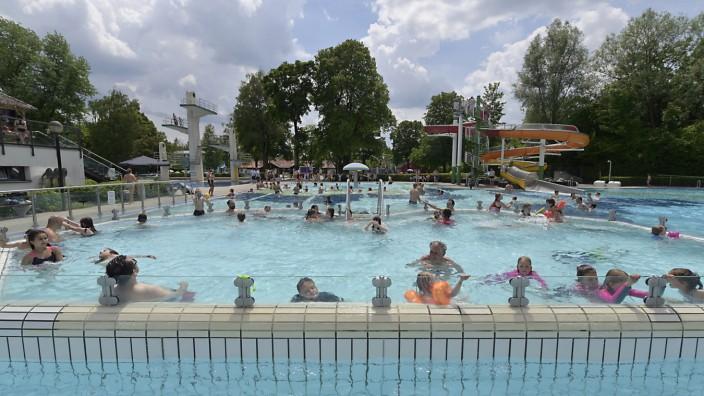 Schwimmbad: Unterhachinger Freibad