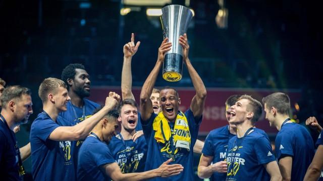 Basketball München 13.06.2021 1. Bundesliga / easyCredit BBL Saison 2020 / 2021 Playoffs Finale Spiel 4 FC Bayern Münche