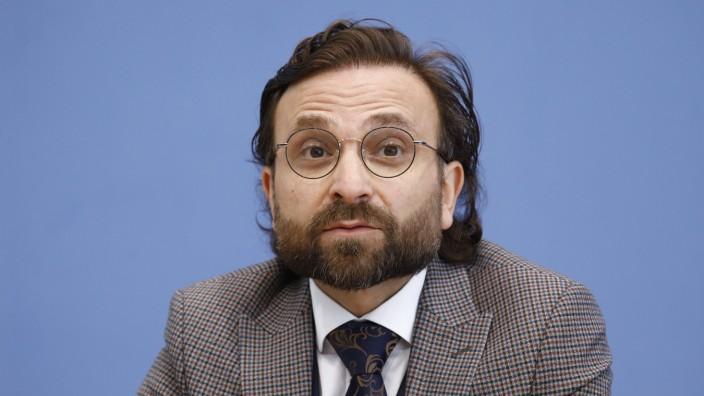 Prof. Dr. Bülent Ucar, wissenschaftlicher Direktor IKD e.V., Deutschland, Berlin, Bundespressekonferenz, Thema: Gründung