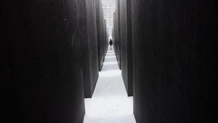 Zeitgeschichte: Das Holocaust-Mahnmal in Berlin.