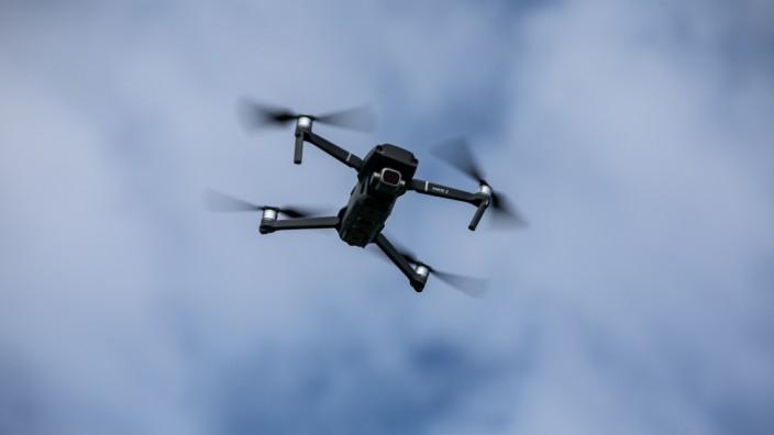 Drohne mit Kamera, 2019
