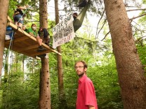 Baumaktivistin Forst Kasten.Ingo Blechschmidt Aktivist.