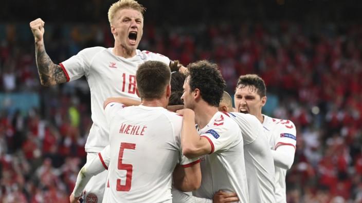 Fußball EM - Russland - Dänemark