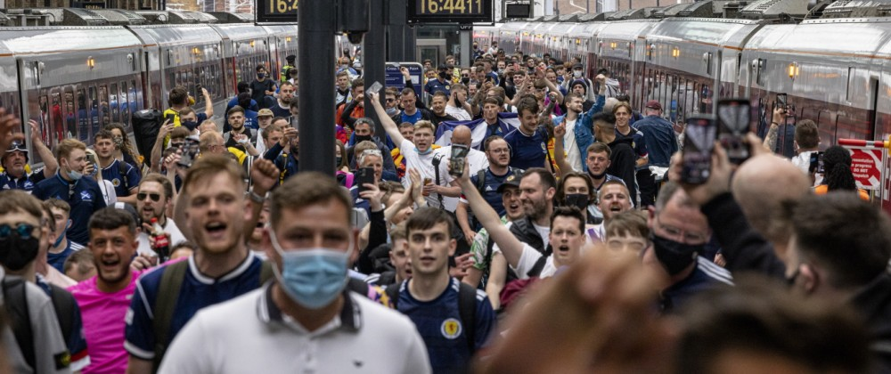 *** BESTPIX *** Scottish Football Fans Head South Ahead Of Euro Game with England
