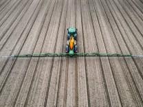 Umwelt: Über 80 Prozent der Bäche überschreiten Grenzwerte für Pestizide