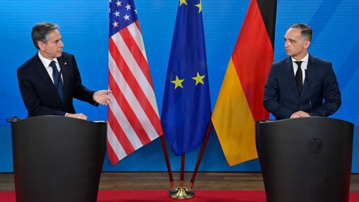 US-Außenminister Blinken in Berlin: Eigentlich Freunde: Die Außenminister Antony Blinken, l., und Heiko Maas. Nur das Thema Nord Stream 2 nervt.