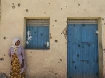 Horn von Afrika: Luftschläge und Hungerfallen: Äthiopien leidet