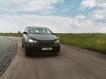 Firma Sono Motors: Eine Probefahrt mit Sonne als Treibstoff