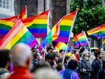 Streitfall Ungarn: 16 EU-Staaten solidarisieren sich mit LGBTI-Gemeinschaft