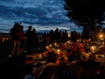 Kanada: Hunderte Gräber bei weiterer Schule gefunden