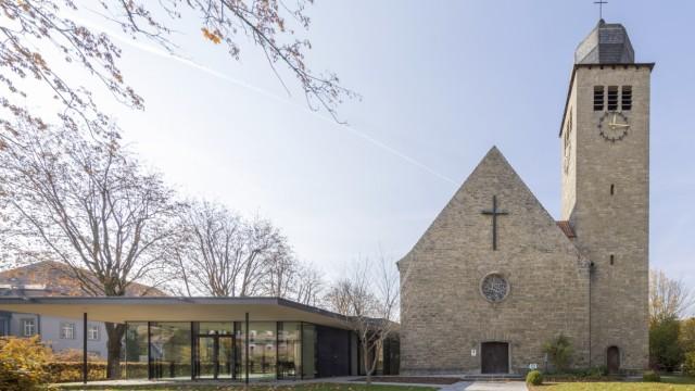 Baukultur: Tradition und Gegenwart: Der Neubau eines evangelischen Gemeindehauses in Bad Neustadt.