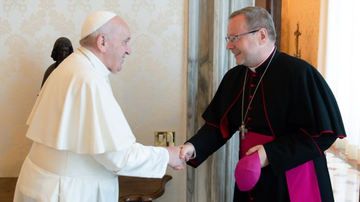 June 24,2021 : Pope Francis received in Audience H.E. Msgr. Georg Bätzing, Bishop of Limburg (Federal Republic of German