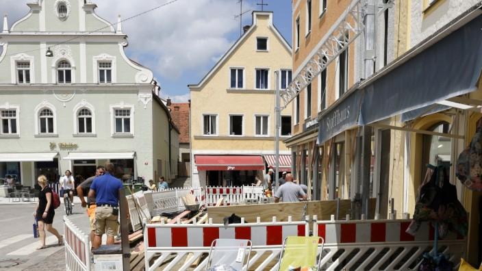 """Freisinger Innenstadt: Christoph Vilsmeier möchte mit seinem Portal Locasi das """"Zünglein an der Waage"""" sein, damit mehr Leute in Freisinger Geschäften einkaufen."""