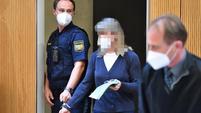 Susanne G. wird steht wegen des Verdachts der Vorbereitung einer schweren staatsgefährdenden Gewalttat in München vor Gericht.