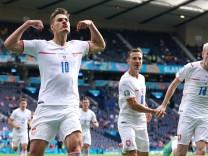 Croatia v Czech Republic - UEFA EURO, EM, Europameisterschaft,Fussball 2020 - Group D - Hampden Park Czech Republic s P
