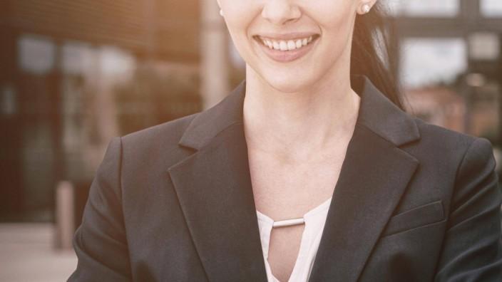 Portrait of confident businesswoman smiling model released Symbolfoto property released PUBLICATI