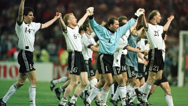 Fußballhistorie: Invasion im Wohnzimmer der Queen: 1996 kegeln die Deutschen England im Halbfinale der EM im Londoner Wembley aus dem Wettbewerb.
