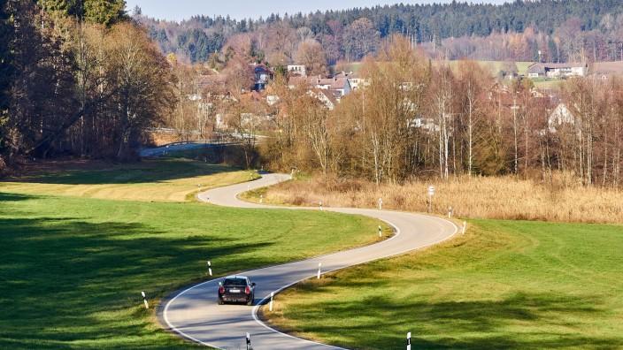 ST 2351 Moosach-Glonn, Fahrradstrasse