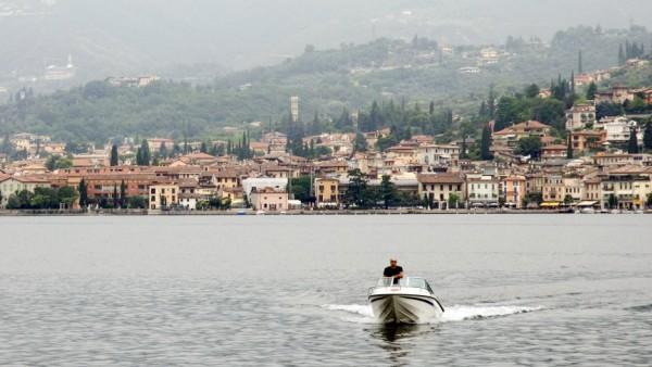 Lake Garda a speed-boat in the water of lake Garda PUBLICATIONxINxGERxSUIxAUTxONLY Copyright: xIvonnewierinkx 122572