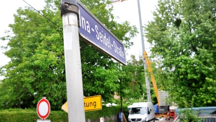 Stockdorf: Ina-Seidl-Strasse