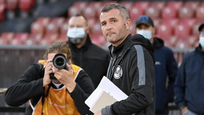 Trainer Alex Frei, FCW, Grasshopper Club Zürich - FC Wil, Challenge League, Fussball, 03.10.2020 *** Coach Alex Frei, FC; Fußall-EM