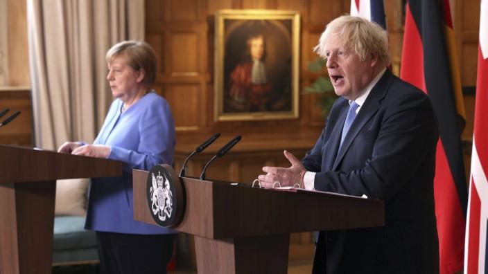 Boris Johnson und Angela Merkel auf ihrer letzten gemeinsamen Pressekonferenz