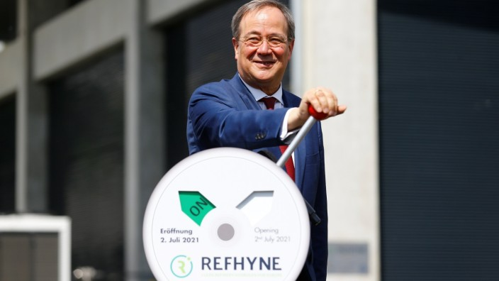 Shell launches REFHYNE hydrogen electrolysis plant in Wesseling