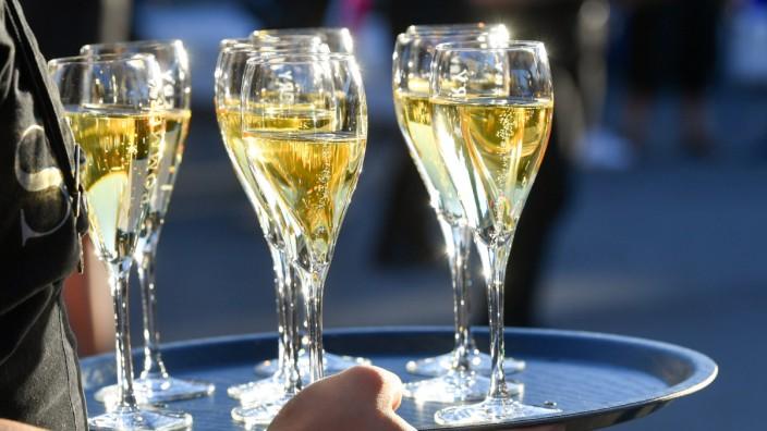 Gericht entscheidet über Champagner-Sorbet