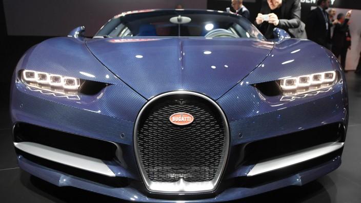 Bugatti Chiron auf einer Automesse