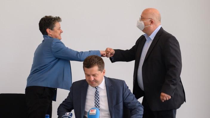 CDU, SPD und FDP streben Koalitionsverhandlungen an