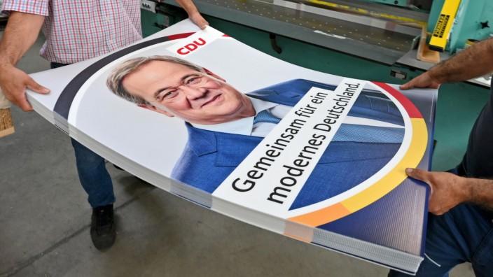 Bundestagswahl 2021: CDU-Chef Armin Laschet auf einem Wahlplakat