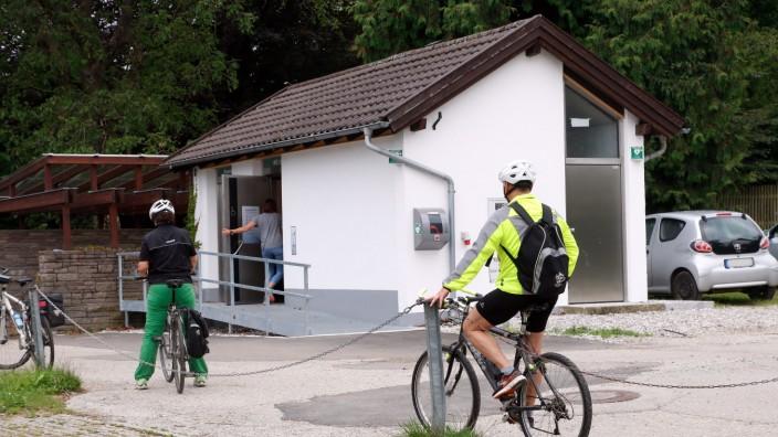 Öffentliche Toilette am Fischergassl; Öffentliche Toilette in Tutzing