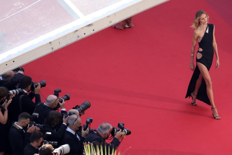 BESTPIX: 'Benedetta' Red Carpet - The 74th Annual Cannes Film Festival