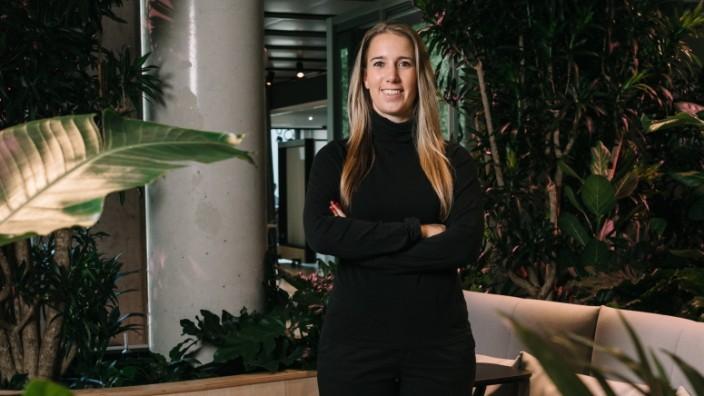 Pressebilder: für Nahaufnahme: Nadja Hatzijordanou digitalisiert den traditionsreichen Maschinenbauer Körber
