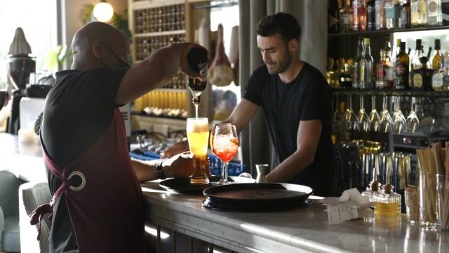 Trattoria Marta: Getränkewünsche sollten an dieser Bar nicht unerfüllt bleiben.