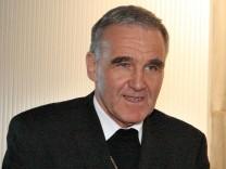 Weihbischof Johannes Bündgens