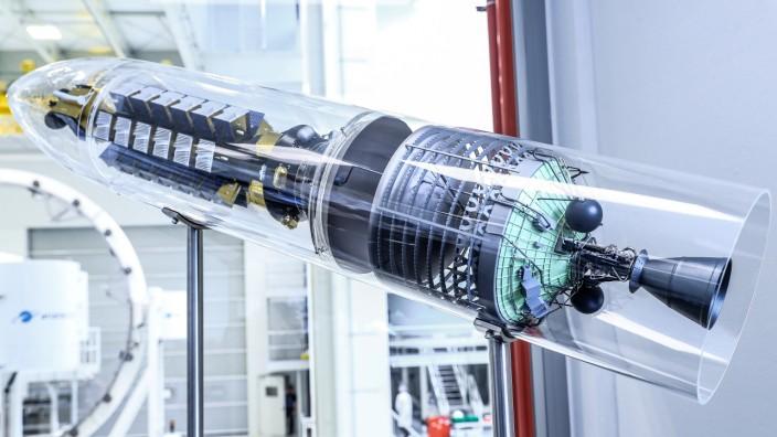 Ariane 6 Tank Production hall 111 in Bremen -; Kickstage Ariane-Group