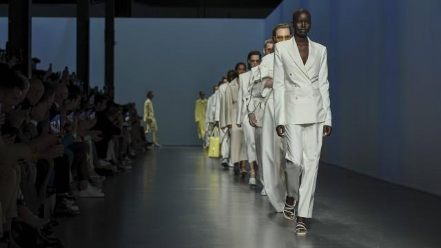 Entertainment Themen der Woche KW38 Milan Fashion Week, Women Spring Summer 2020. Milan, Women s Fashion, Spring Summer