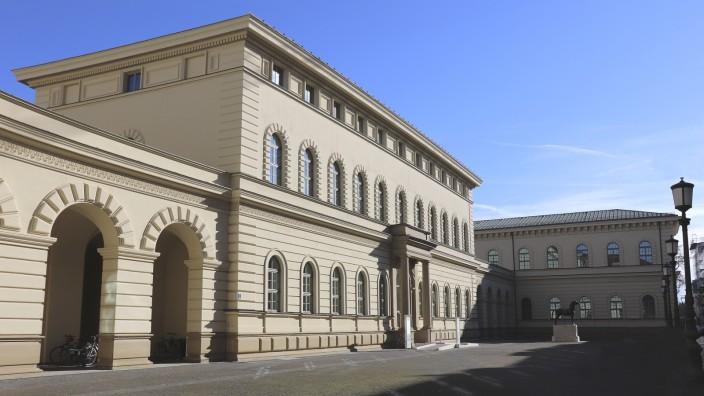 Geschichte: Blick auf den Haupttrakt des Archivs an der Schönfeldstraße in München.