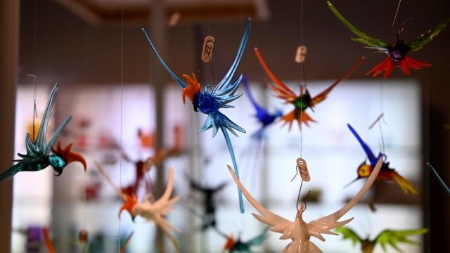 Altes Handwerk: Es ist faszinierend, wie Frank Liebmann seine kleinen Kunstwerke aus Glas herstellt.