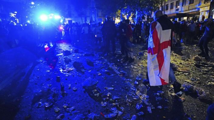 Randale und Rassismus in England: Ungefähr 70 Prozent Großbritanniens sind toll. Der Rest ist, nun ja...