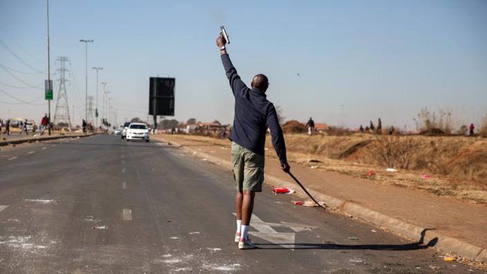 Südafrika: Plünderungen und Gewalt in Gauteng
