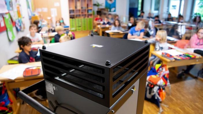 Coronavirus - Luftfilter in Schulen