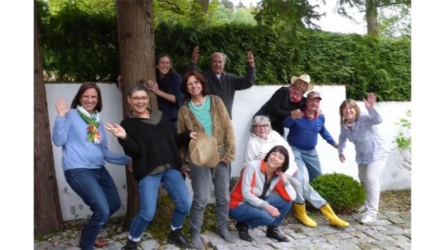Kultur im Landkreis Erding: Viele in der losen Künstlergruppe sind seit Jahren dabei, manche sind es zum ersten Mal.