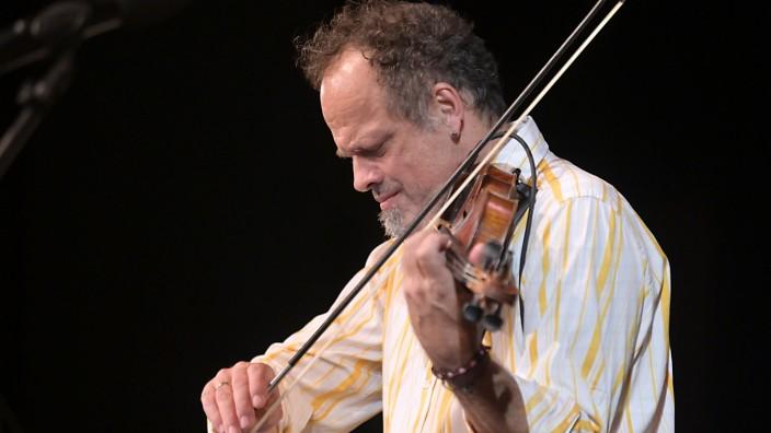 Konzert: Gregor Hübner lebt seit den Neunzigerjahren in New York, und die Stadt prägt auch seine Musik.