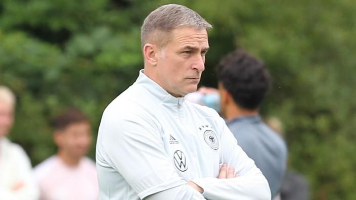 Zukunft der DFB-Junioren: Mindestens ein bisschen enttäuscht von seinen Vorgesetzten beim DFB: U21-Erfolgstrainer Stefan Kuntz.