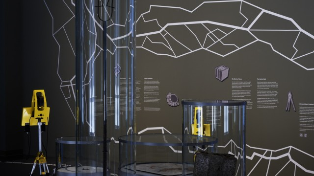 Pressebild Grenzen, Objekte (c) Kulturprojekte Berlin und Stadtmuseum Berlin, Foto Alexander Schippel