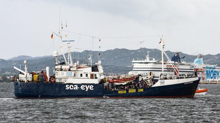 """Mittelmeer: Mit der """"Alan Kurdi"""" seien 927 Menschenleben im Mittelmeer gerettet worden."""