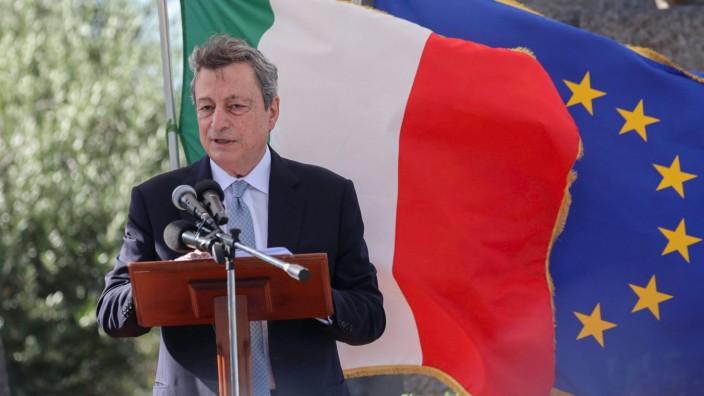 Italien, Mario Draghi und Justizministerin Marta Cartabia besuchen GefâÄ°ngnis Santa Maria Capua  July 13, 2021, Napoli, I